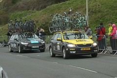 Team Sky and Lotto Jumbo's Cars (Steve Dawson.) Tags: road uk england sky cars race canon eos is teams 1st yorkshire may bikes cycle tdy scarborough usm ef28135mm stage3 uci peloton 2016 f3556 50d ef28135mmf3556isusm canoneos50d tourdeyorkshire lottojumbo