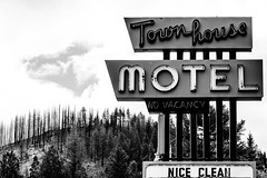 Townhouse Motel Nice Clean (Jeremy Brooks) Tags: california blackandwhite bw usa vintage blackwhite weed neon motel siskiyoucounty camera:make=fujifilm camera:make=fuji camera:model=xpro2