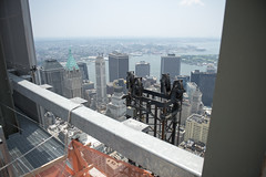 4 WTC temporary construction hoist (Tony Shi, Life) Tags: nyc newyorkcity ny newyork buildings construction realestate worldtradecenter wtc lowermanhattan worldtradecenters downtownmanhattan 4wtc 4worldtradecenter 150greenwich