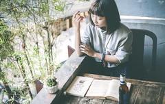 b1 (Nhp xinh trai siu cp !) Tags: vintage vietnam japan flim lo hc coffee coffe cafe deep art sad cute girl indoor retro eye actor bnh trang cookie beer book