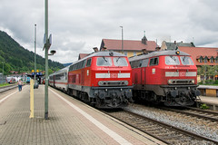 218 476-0 + 218 434-9 IC2012 'Allgu' and IC2084 'Nebelhorn' Immenstadt 31.05.16 (Paul David Smith (Widnes Road)) Tags: ic allgu 218 dbag nebelhorn immenstadt baureihe218 dbregio dbfernverkehr ic2012 ic2084