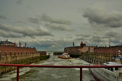 Michiel de Ruyter (Omroep Zeeland) Tags: boulevard wolken zeeland michiel vlissingen stad walcheren ruyter