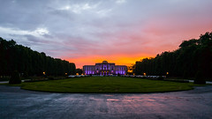 Schloss Klessheim (MSC_Photography) Tags: sunset summer salzburg rain austria evening abend sterreich warm g4 sonnenuntergang sommer casino lg f18 schloss regen klessheim