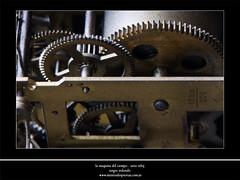 la maquina del tiempo - serie reloj (sergio_red) Tags: clock low gear machinery reloj baja lowkey maquinaria engranaje clavebaja
