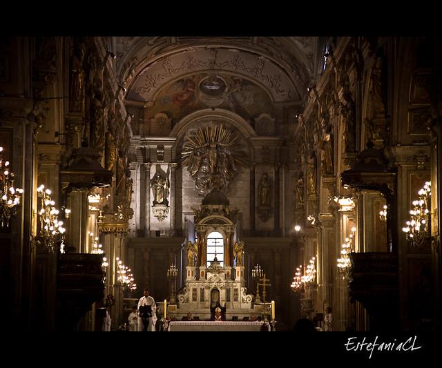 Misa en la catedral