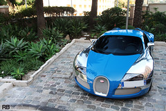 Centenaire (Raphal Belly) Tags: blue paris car de french photography eos hotel bay riviera photographie casino montecarlo monaco bleu belly exotic chrome 7d passion 164 raphael edition bugatti rb spotting eb w16 centenaire supercars veyron raphal principality wimille worldcars