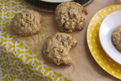bacon oatmeal raisin cookies