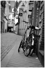Maastricht Bikes (EugeCba) Tags: bw white black blanco netherlands maastricht y negro nederland bikes bicycles fiets the