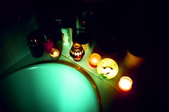 Unwind Time (Cloni) Tags: film lomo xpro lomography crossprocessed bath candles kodak crossprocessing elitechrome xprocessing analouge exb