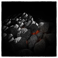 Dying Embers (chmeermann) Tags: camera hot kohle glow grill barbecue heat colorsplash embers coals glut heis hitze colorkeying selectivecoloring gluhen