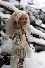 Lost in the Snow (candygears) Tags: white gold lace fashiondoll hooves whitedeer littledeer deerdoll clawdeen candygears fashiondollrepaint monsterhigh clawdeenwolf monsterhighcustom monsterhighrepaint monsterhighart monsterhighconcept