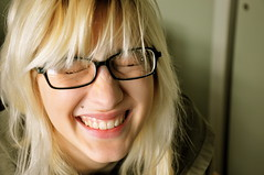 jackie (Greta_Iverson) Tags: portrait college hairdye laughing glasses student artist blond laugh blonde laughter dslr haircolour artstudent bleachblonde d90 collegestudent nikond90 unnaturalhaircolor