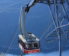 Gondola ascent (fotoeins) Tags: travel canada vancouver canon geotagged eos britishcolumbia gondola northvancouver capilanolake skyride grousemountain xsi eos450d henrylee canonef70300mmf456isusm 450d fotoeins henrylflee geo:lat=49379182435085205 geo:lon=12308361103958129 fotoeinscom
