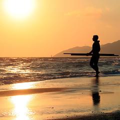 . (Color-de-la-vida) Tags: sunset castefa colordelavida enderezandoelhorizonte