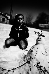 snowman (Vasilikos Lukas) Tags: blackandwhite bw snow blancoynegro canon blackwhite snowman uncanny vasilikos mikela 5dmkii lukasvasilikos