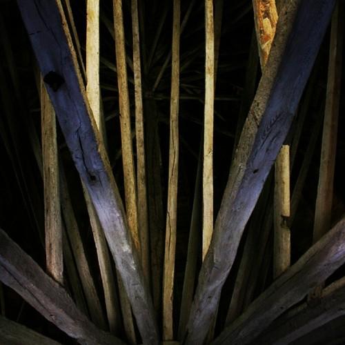 #olsker #olskirke #kirke #rundkirke #church #roundchurch #tagkonstruktion #roofconstruction #tag #roof #architecture #arkitektur #medieval #middelalder #bornholm #danmark #yezdk #therealyez #yez #yezfoto