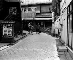 (daily traffic 1) (Dinasty_Oomae) Tags: blackandwhite bw monochrome bike bicycle tokyo blackwhite  slope akabane kitaku         taiyodo taiyodokoki beautycamera  35 beautysuper35 35 beauty35super