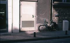 Bicycle (Amelien (Fr)) Tags: film analog 50mm nikon slide epson 100 nikkor 18 expired e6 argentique sensia v550 diapositive diapo 2016 f6 pellicule 50f18 ald filmisnotdead expire inversible homescanned believeinfilm laboargentique capturedonrealfilm