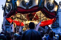 Le mange Magique. titirimundi. Segovia 2016 (Javier Vegas (Alias El Vegas)) Tags: street vegas fuji streetphotography le segovia fujifilm streetphoto mange titirimundi magique x100 javiervegas wwwjaviervegases