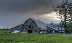 Late Evening Barn (Paul Rioux) Tags: building clouds barn rural evening bc outdoor dusk britishcolumbia farm country agriculture agricultural chilliwack fraservalley prioux