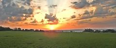 DSCN3193 wb (bwagnerfoto) Tags: morning cloud sun landscape rising dawn early nap outdoor wolke landschaft sonne sonnenaufgang felh tjkp hajnal napkelte tolna regly