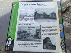 Place Jules Ferry  Saclay (stefff13) Tags: saclay bourg ville plateau place jules ferry pancarte