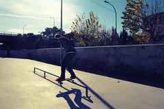 DSC01384 (Ales Huicha) Tags: barcelona park blue sky kids fun spain skateboarding sony skatepark skate r1 dsc barna alella