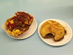 Pat's (el lissitzky) Tags: food chili burger fast fries pats hubba hubbas
