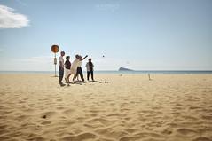 Invierno (J. Tiogran) Tags: winter beach island sand nikon play sigma playa arena invierno oldpeople 1020mm juego isla julin benidorm sunnyday solana serrano mayores soleado petanca d5000