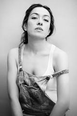 Luz (Fabio McCaree) Tags: portrait blackandwhite nikon retrato ritratto d700 afnikkor85mmf14dif
