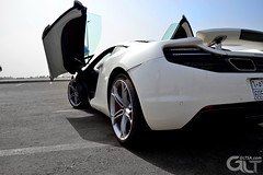 Mclaren MP4-12C exterior back (@GLTSA Over a million views) Tags: auto white cars car canon photography photo nikon exterior image photos interior images mclaren saudi autos jeddah rim rims saudiarabia iphone mp412c