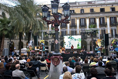 2Barcelona_PlazaReal_9