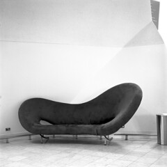 Cool couch (Donovan T M) Tags: art film self cool kodak d australia delta d76 couch 400 patterson epson canberra analogue deco developed ilford yashica nationalmuseum v500