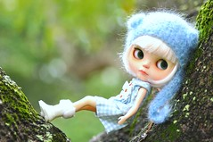 Hanging Around A Tree...*Milky**