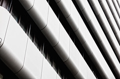 Endless (Crazy Ivory) Tags: city shadow urban white abstract black texture monochrome lines architecture canon germany grey interesting waves dof structure german simplicity nrw dsseldorf schatten nordrheinwestfalen canonl straigt canon24105 40d canoneos40d canon40d gettygermanyq4 shotwithcanoneos40dcanonef24105mm140lisusm
