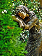 In Liebe (JuliSonne) Tags: friedhof grave statue jung remember kunst natur kirche kreuz memory grn cementary frau grab schlafen grabstein liebe tribut sculptur gedenken trauer friedlich stehen trumen unforgotten bildhauer hingabe unvergessen inerinnerung