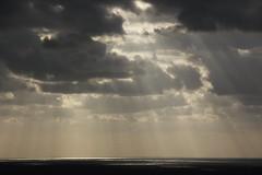 آية في السماء--------------------- Verse in the sky (Fares Al-876ANI) Tags: light clouds sunrays lightrays سماء بحر إضاءة سحاب أشعة سحب شعاعالشمس