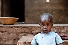 Innocence (Teo's photo) Tags: nikon d700 50mm portrait ritratto bambino child uganda africa masindi