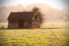 old barn.. (akal_flickr) Tags: old barn