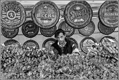 Beer and roses (carlo tardani) Tags: blackandwhite bw rose birra grosseto bianconero ambulante follonica mostramercato nikond700 piazzedeuropa mygearandme mygearandmesilver