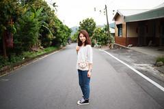 嘉義某山路 (張瑋 Wei) Tags: taiwan hana canonef35mmf2