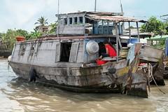 Living at the Mekongriver (Iam Marjon Bleeker) Tags: boat vietnam boathouse mekongdelta mekong mekongriver livingatthemekongriver vpdag111060524g