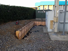 Retaining Wall Formed In Fairfield (A. Townsend Concrete) Tags: wall concrete fairfield retainingwall concretecontractor atownsendconcrete