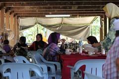 (UmmAbdrahmaan @AllahuYasser!) Tags: wedding village jetty hijab malaysia kampung terengganu jeti sungai kahwin 991 kualaterengganu beladaukolam ummabdrahmaan meksom