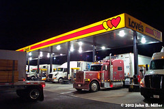 Loves - Night (jmillerdp) Tags: road trip travel color digital truck highway kodak roadtrip semi truckstop trucks interstate semis 18wheeler tractortrailer dc280