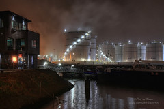 Botlek Tank Terminal (Peet de Rouw) Tags: haven industry night port industrial nightshot nacht btt peet botlek portofrotterdam denachtdienst havenfoto peetderouw