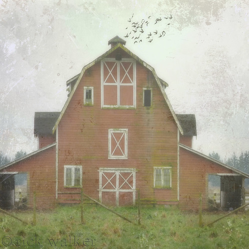 [ big red barn ]