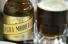 "Pozoleria Moctezuma • <a style=""font-size:0.8em;"" href=""https://www.flickr.com/photos/7515640@N06/6810015256/"" target=""_blank"">View on Flickr</a>"
