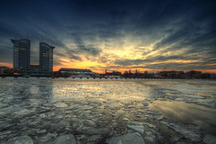 Berlin Sunset (Marcus Klepper - Berliner1017) Tags: blue sunset orange building berlin ice water night clouds river kreuzberg evening abend heaven sonnenuntergang cloudy himmel blau spree friedrichshain hdr treptow eisschollen