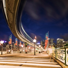 MONORAIL ON PYRMONT BRIDGE | SYDNEY (Jgor Cava) Tags: city longexposure light motion night speed train square evening noche nikon cityscape sydney trail movimento monorail treno notte velocit sera lungaesposizione d300s jgorcava railwayinfrastucture